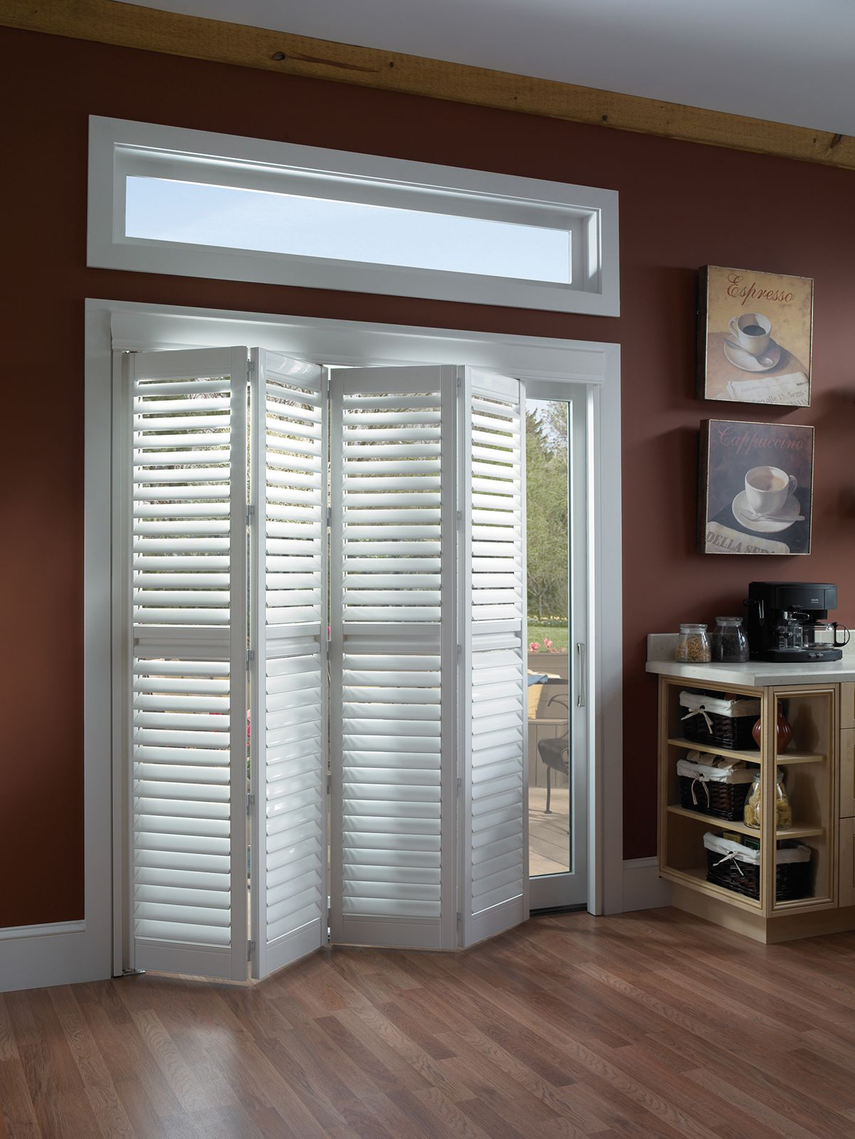 Cotton • Two panel Bi-Fold doors • 2½ inch louver • Deluxe Divider Rail • Decorative Valance • Clearview® hidden rear tilt